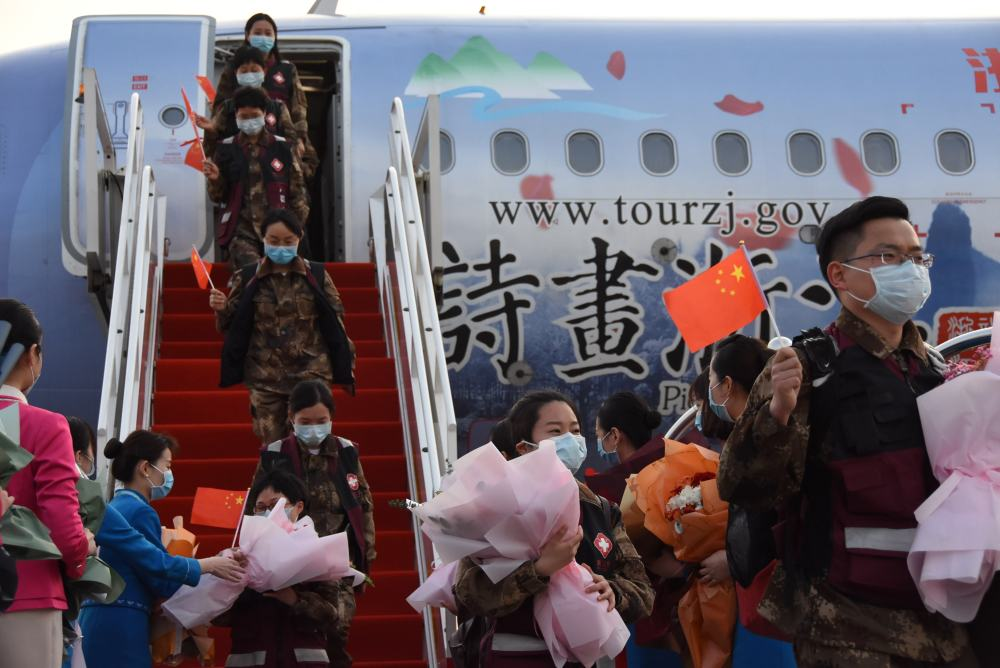 """国际社会认为中国战""""疫""""成果为世界"""